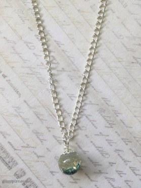 glitter-ball-necklace-2